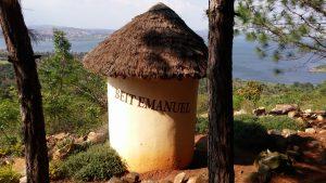 Beit Emanuel (Hütte Immanuels), Jinja Uganda (c) Foto: Steffen Bürger Di, 21. Februar 2017 (mit freundlicher Genehmigung) https://prayermountain.visionforafrica-intl.org/e-n-g-l-i-s-h/about-us/