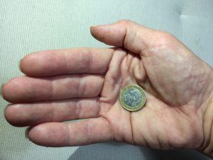 Eine Euromünze mit Kopf (c) Foto: Steffen Bürger 2017